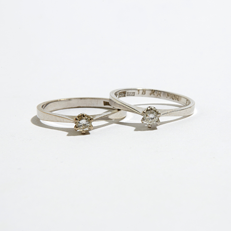 Ringar 18 k viguld diamanter