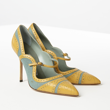 Manolo Blahnik pumps i Mary Jane-modell i gult