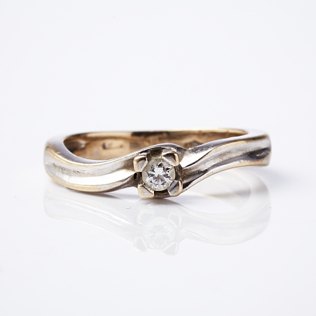 Ring 18 k vitguld diamant 0,07 ct