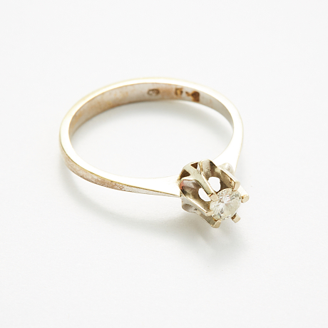 Ring 18 k vitguld diamant